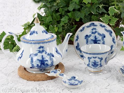 Formal English style fine china. Limited selection.