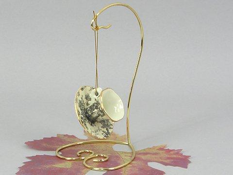 Brass wire ornament stand