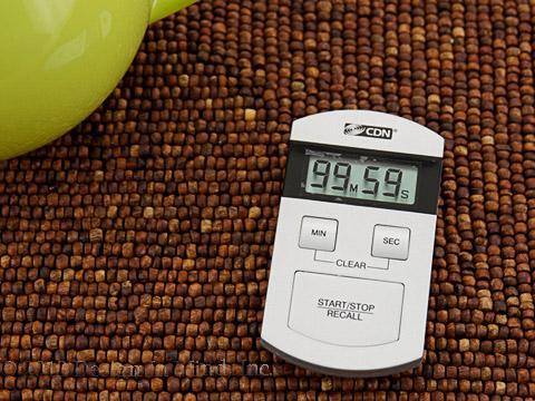 Timers and thermometers help prepare loose leaf tea properly.