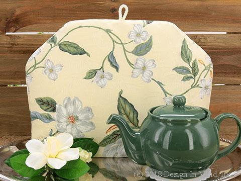 Tea Cozy - Magnolia Vine Cream