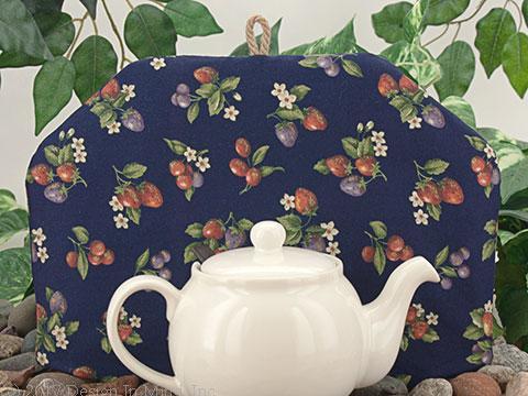 Tea Cozy - Berry Picking