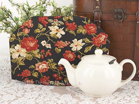 Tea Cozy - Midnight Rose