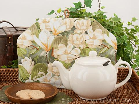 Tea Cozy - Old World Magnolia