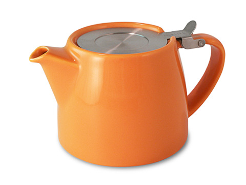 Stump teapot-carrot