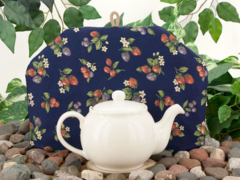 Tea Cozy - Berry Picking