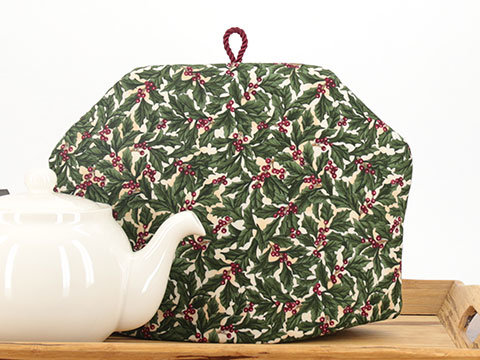 Tea Cozy - Holly Berry Cream
