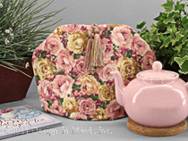 Tea Cozy - Pink Rose Medley II...