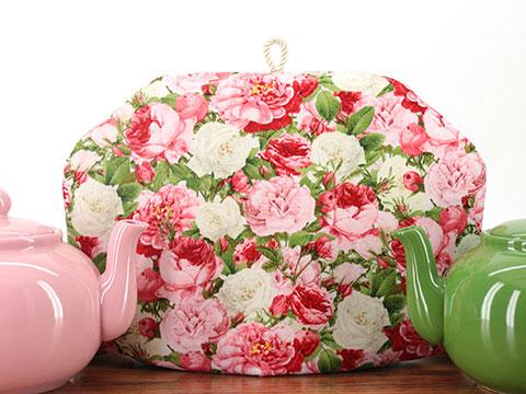 Tea Cozy - Vivid Vintage Roses