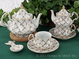 Fine china teacups for collectors.